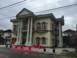 Rumah Mewah Klasik Contractor Lestari Design