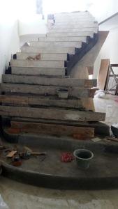 Terima Jasa Renovasi Tangga Rumah Mewah dan bangunan Mewah